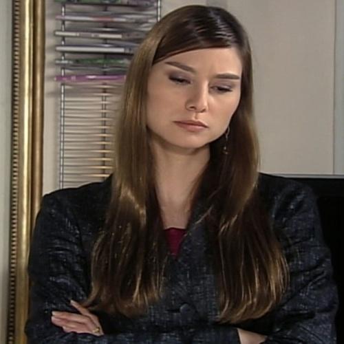 """Lavínia Vlasak é outra atriz que pode muito bem voltar a ocupar as telenovelas, Desde """"Vidas Opostas"""", em 2006, a atriz só tem aparecido na TV em participações pequenas. Como esquecer a ricaça desmiolada Estela, de """"Mulheres Apaixonadas""""?"""