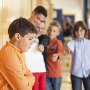 Combate ao bullying é dever do estabelecimento de ensino - Getty Images
