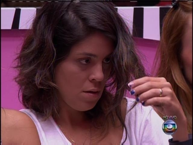 24.jan.2014 - Bella recebeu votos de Diego e Aline