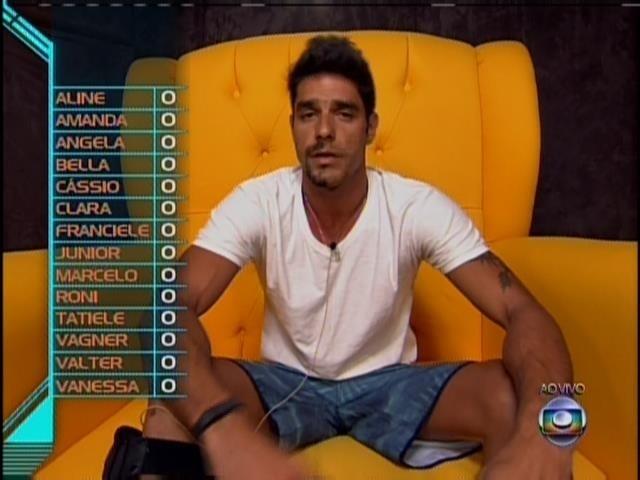 24.jan.2014 - Diego votou em Bella