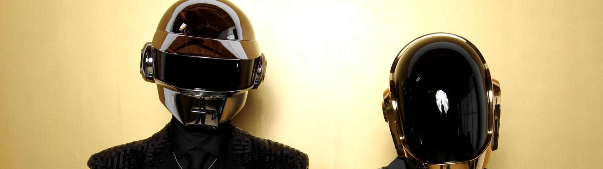 26.jan.2014 - Daft Punk vence categoria de melhor álbum de música eletrônica no Grammy 2014