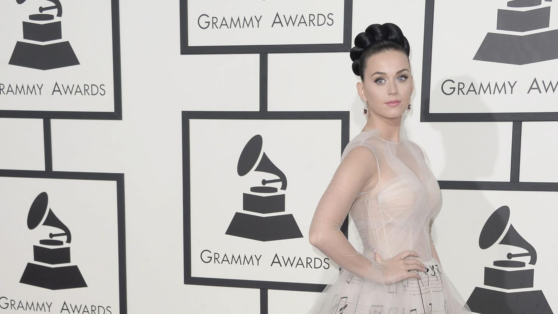 26.jan.2014 - Katy Perry chega à cerimônia da 56ª edição do Grammy.