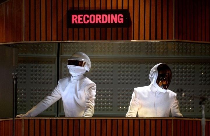 26.jan.2013 - Daft Punk durante a apresentação de