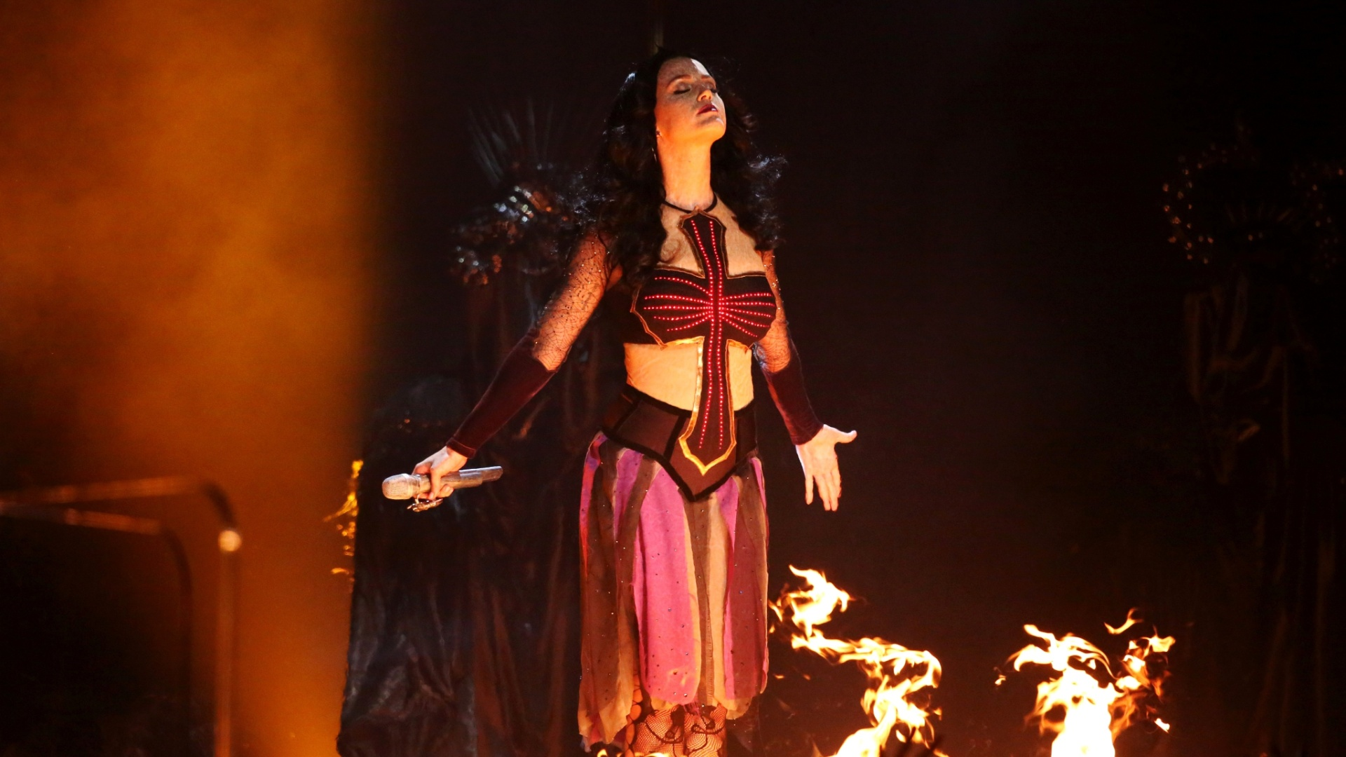 26.jan.2014 - Katy Perry apresentou seu single