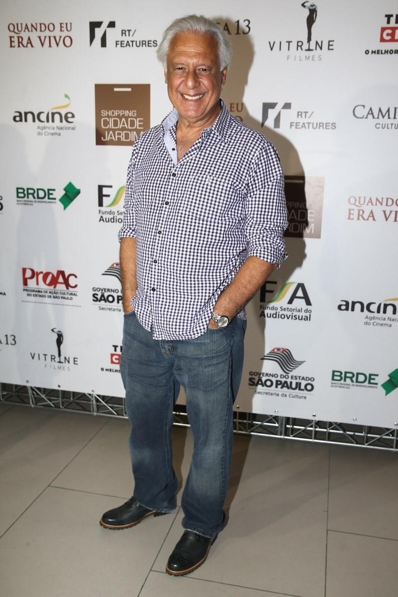 27.jan.2014 - Antônio Fagundes prestigiou a pré-estreia do filme