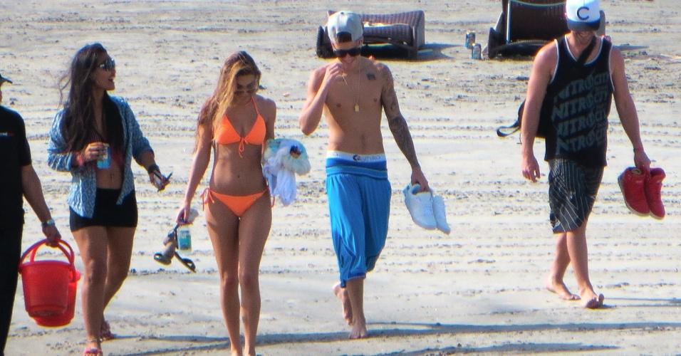 27.jan.2014 - Justin Bieber passou o fim de semana com a modelo Chantel Jeffries