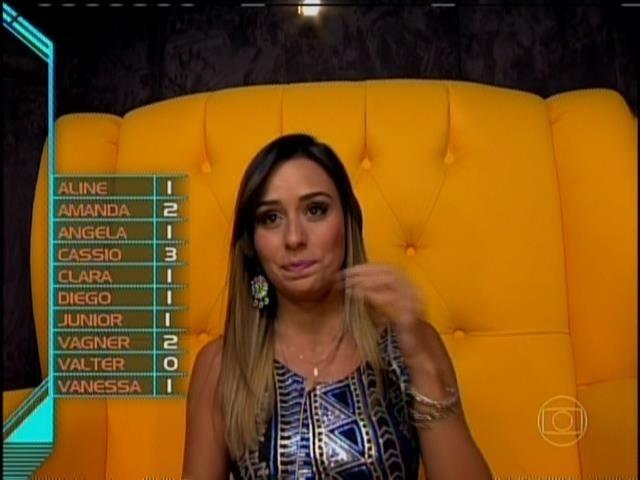 """27.jan.2014 - Letícia vota em Diego: """"Ainda não tenho motivos concretos... Então vou votar na mesma pessoa da semana passada"""""""