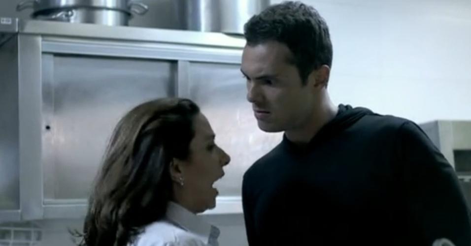 "Em ""Amor à Vida"", Ivan agride Marilda"