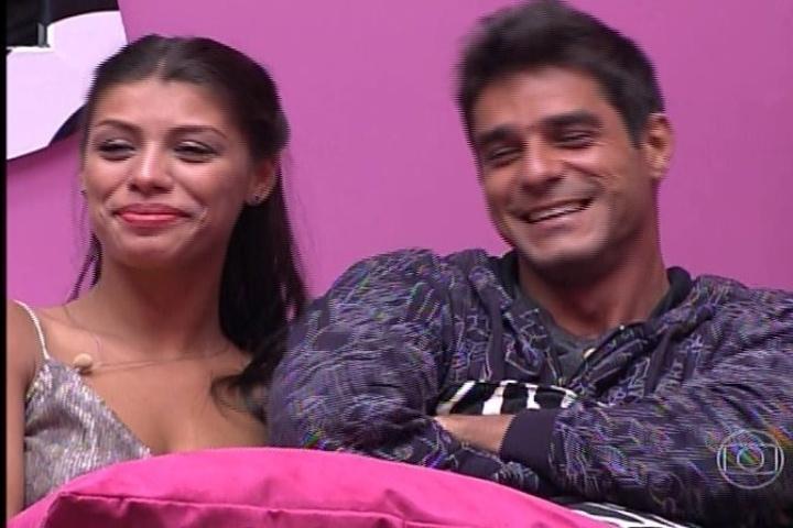 28.jan.2014 - Diego fala sobre a possível saída de Franciele, a sua namorada na casa