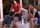"""""""Em 15 dias, será que alguém se aliviou?"""", questiona Cássio - Reprodução/TV Globo"""