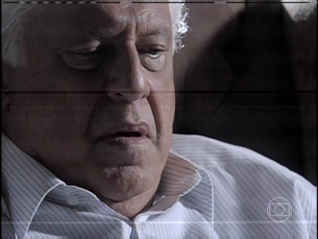 "29.jan.2013 - César chama Bernarda de ""velha diabólica"""