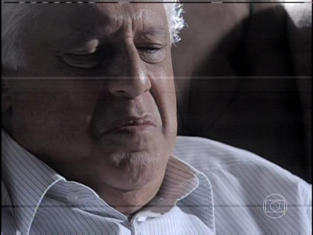29.jan.2013 - César chora ao relembrar de Aline