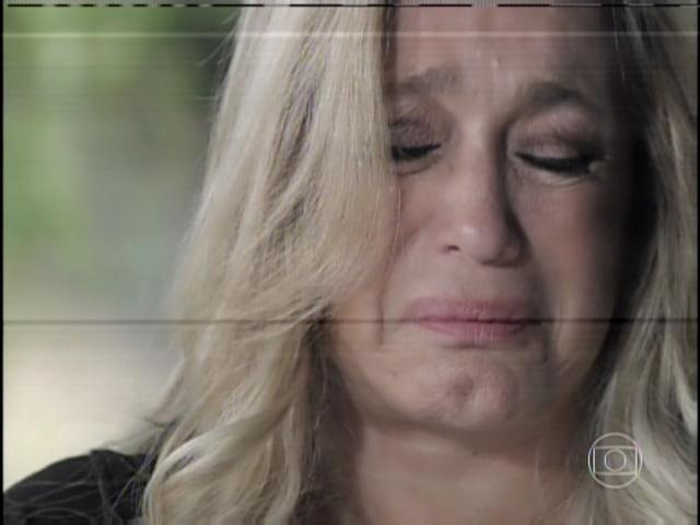 29.jan.2013 - Pilar chora ao relembrar a traição de César com Aline