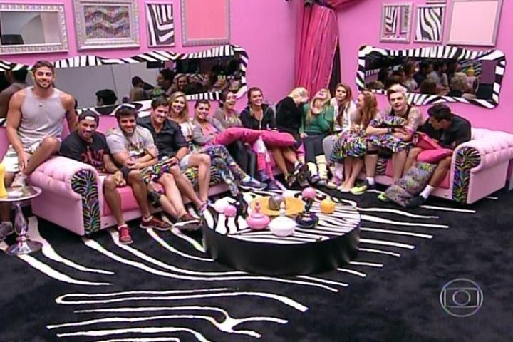 "30.jan.2014 - Brothers reunidos na sala do ""BBB14"""