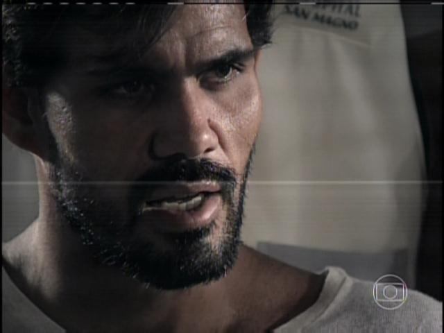 30.jan.2014 - Ninho confessa todos seus crimes. Ele conta que matou Mariah e que Aline foi sua cúmplice
