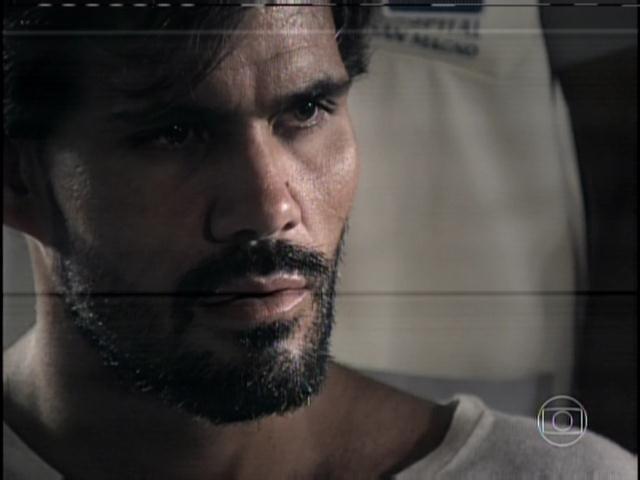 30.jan.2014 - Ninho conta ainda que Aline envenenava César e que tentou matar Ciça e Rebeca