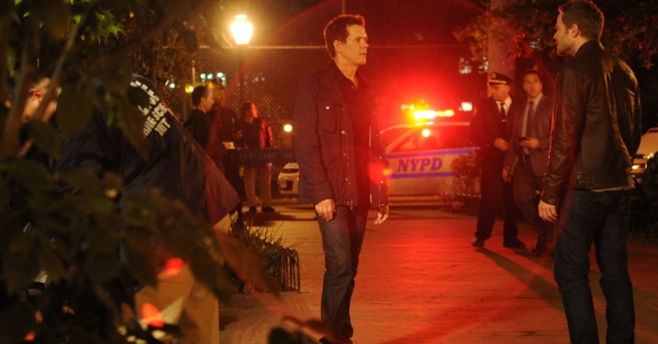 "Cena da segunda temporada de ""The Following"", que estreia no dia 31 de janeiro no Warner Channel. Na série policial, Kevin Bacon é Ryan Hardy, ex-agente do FBI que está à caça do serial killer Joe Carroll (James Purefoy) e de seus seguidores"
