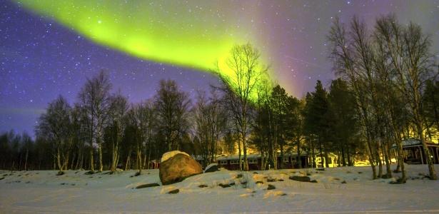 Imagem da aurora boreal na Finlândia - Getty Images/iStockphoto