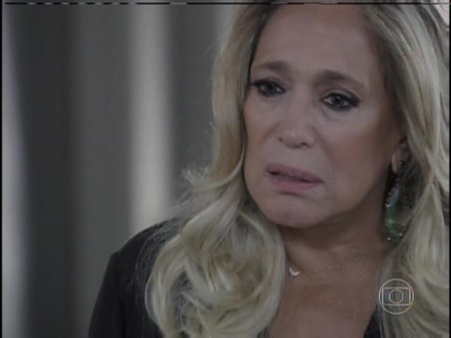Pilar conta que Mariah contou que Paloma era filha de César
