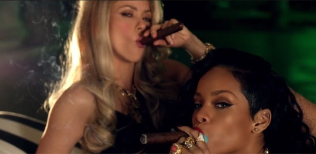 "Shakira e Rihanna no clipe de ""Can't Remember to Forget You"""