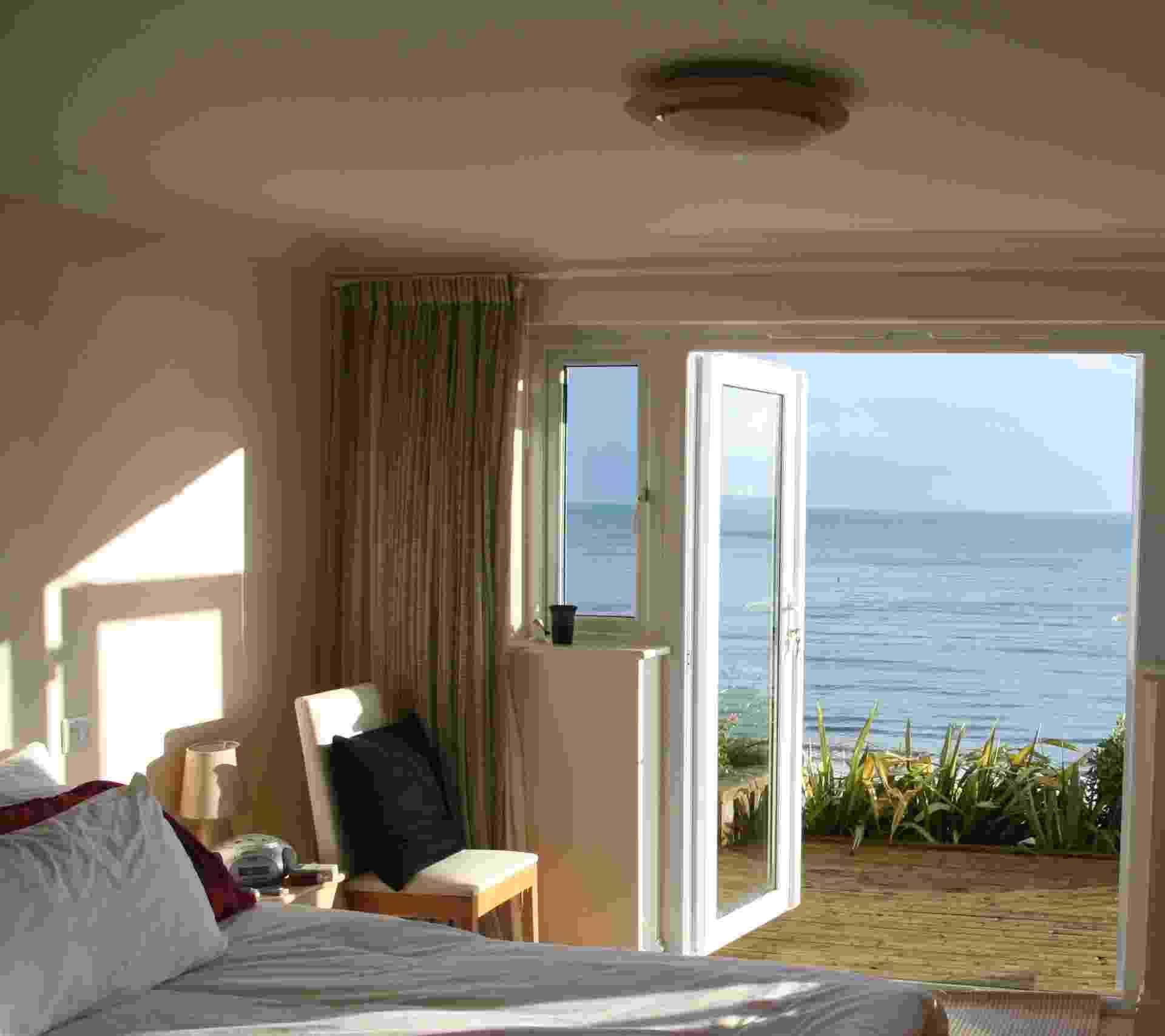 Veja 11 dicas para quem pensa em construir, reformar ou decorar casas de praia - Considere a direção do sol antes de definir a planta - Getty Images