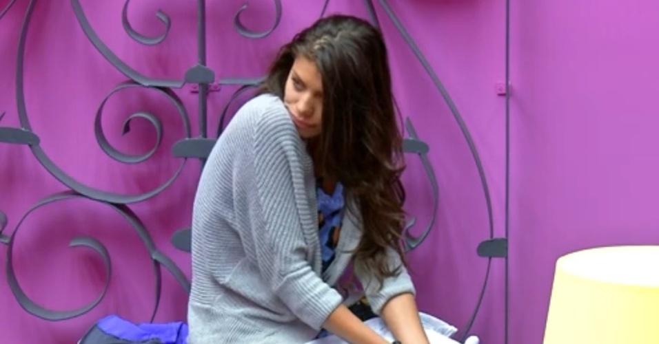 01.fev.2014 - Franciele pede beijo para Diego