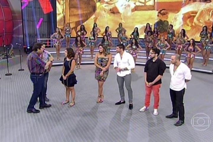 """02.fev.2014 - Brothers eliminados participam de sabatina no """"Domingão do Faustão"""""""