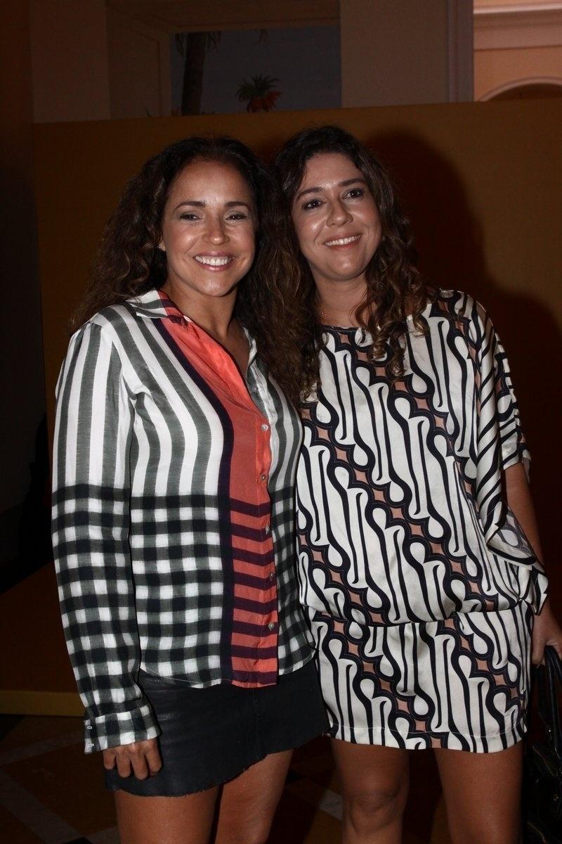 2.fev.2014 - Daniela Mercury e a mulher, Malu Verçosa, na festa da novela