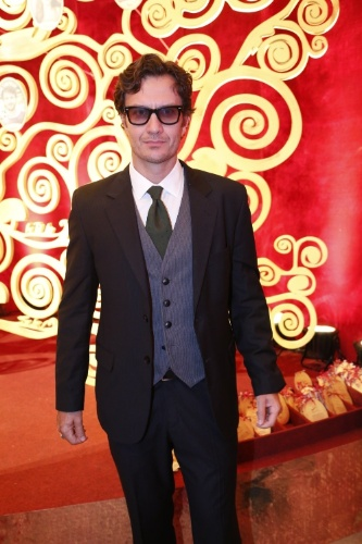 2.fev.2014 - Gabriel Braga Nunes na festa da novela