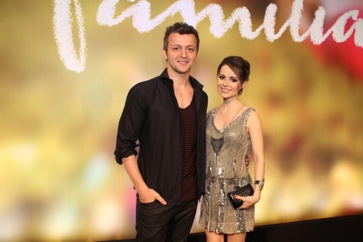 """2.fev.2014 - Lucas Lima e Sandy na festa da novela """"Em Família"""""""