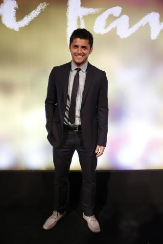 "2.fev.2014 - Bruno Gissoni  na festa da novela ""Em Família"""