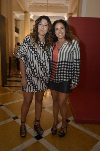 """2.fev.2014 - Daniela Mercury e Malu Verçosa na festa da novela """"Em Família"""""""