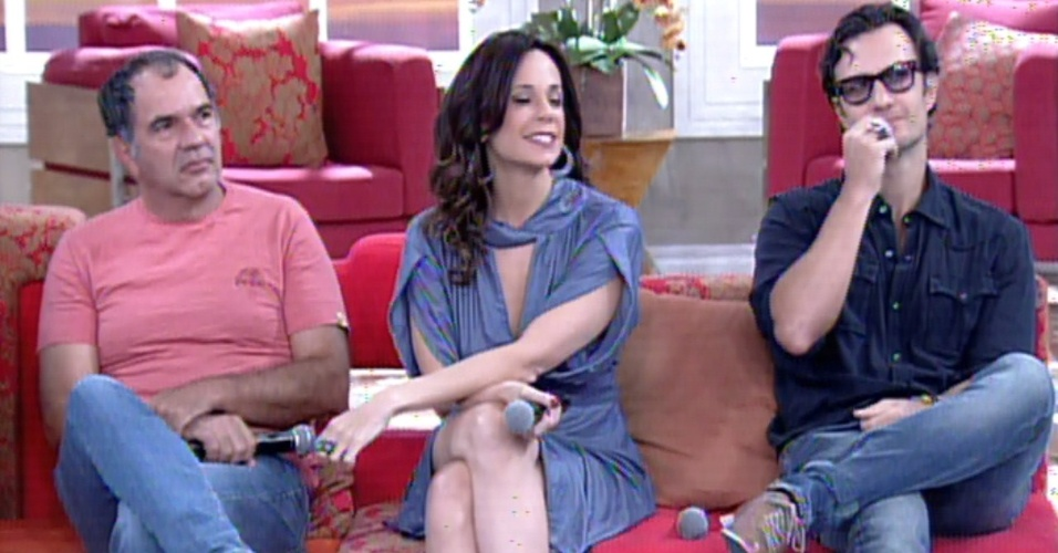 3.fev.2014 - Humberto Martins, Vanessa Garbelli e Gabriel Braga Nunes falam sobre