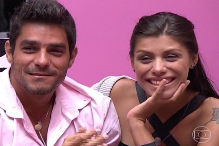 04.fev.2014 - Franciele e Diego comentam o relacionamento dos dois com Bial