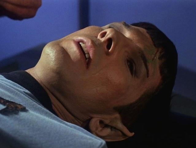 """O ator Leonard Nimoy como o Sr. Spock na série de TV """"Star Trek"""""""