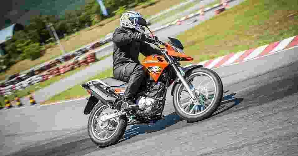Yamaha XTZ 150 Crosser - Stephan Solon/Divulgação