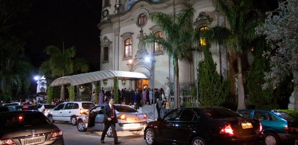 Uma das igrejas mais concorridas de SP, a Nossa Senhora do Brasil tem horário disponível na final da Copa
