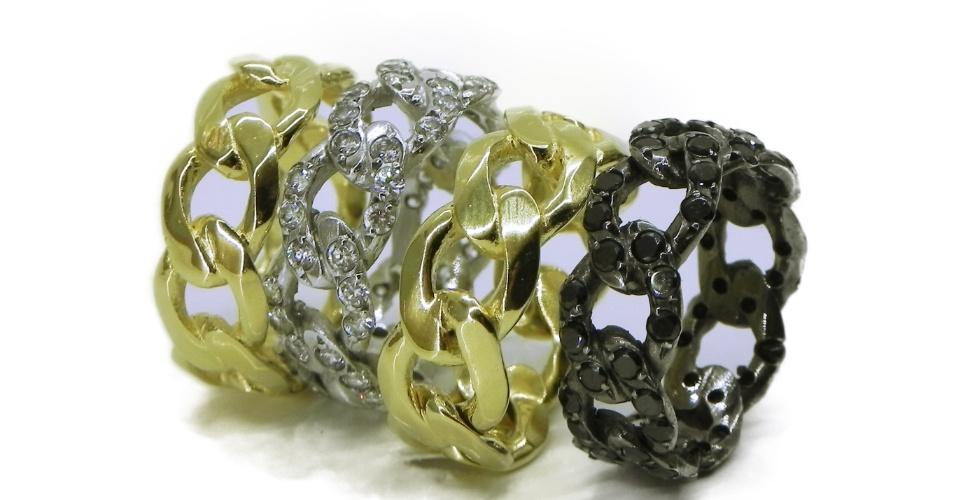 Alianças em ouro com diamantes em formato de corrente; da Lívia Monteiro (www.liviamonteiro.com.br), a partir de R$ 4.600. Disponibilidade e preço pesquisados em fevereiro de 2014 e sujeitos a alteração