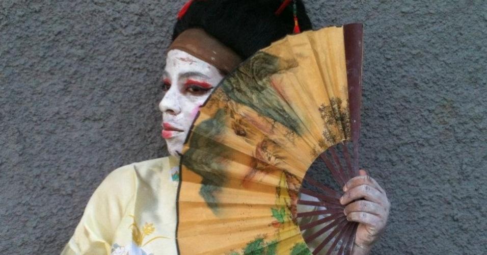 Maíra Freitas fantasiada de 'japonega'