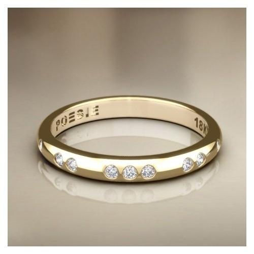 Aliança Serendipity II em ouro amarelo 18k e diamantes; da Poésie (www.poesie.com.br), por R$ 2.220 (unidade). Disponibilidade e preço pesquisados em fevereiro de 2014 e sujeitos a alteração