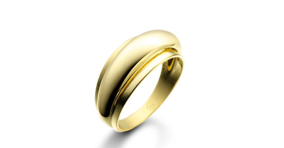 Anel Volúpia em ouro amarelo; da Vivara (www.vivara.com.br), por R$ 3.290. Disponibilidade e preço pesquisados em fevereiro de 2014 e sujeitos a alteração