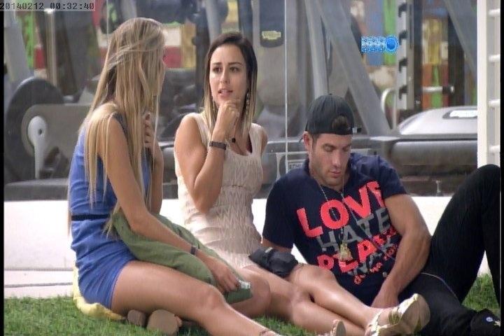 12.fev.2014 - Letícia conta que Fran já ficou com Thor Batista