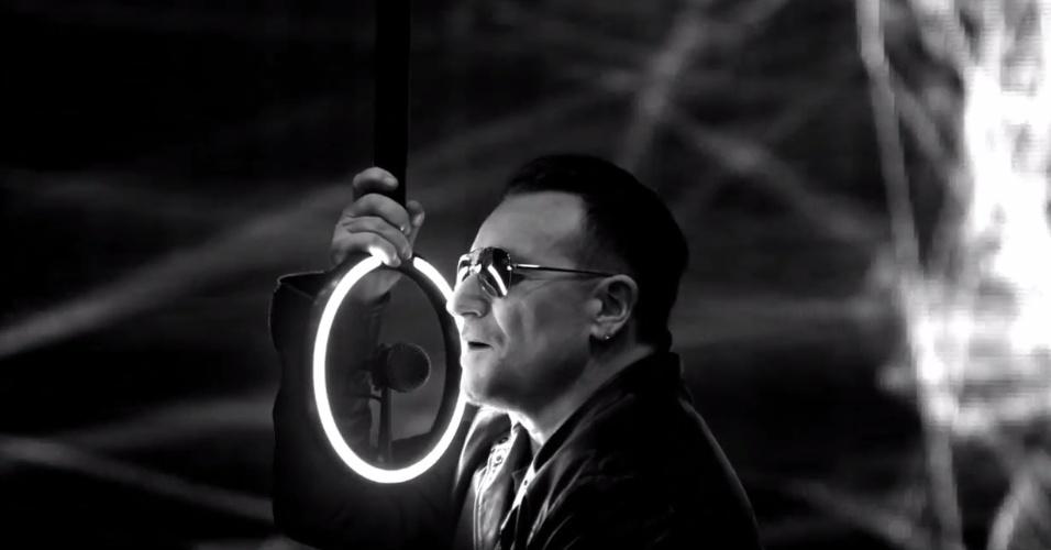 4937ef879 Bono pedirá a políticos dos EUA que não cortam programas em países ...