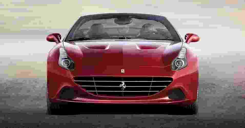 Ferrari California T - Divulgação