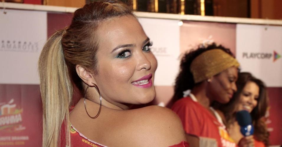 12.fev.2014- Geisy Arruda também esteve no evento em São Paulo