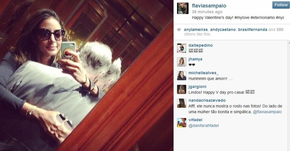 14.fev.2013 - Flavia Sampaio, mulher de Eike Batista. celebrou o