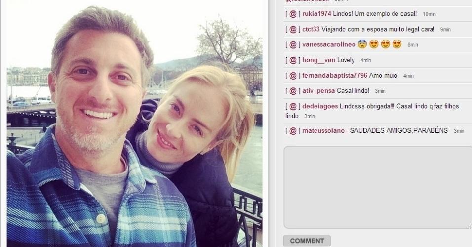 14.fev.2014 - Os apresentadores Luciano Huck e Angélica comemoraram a data romântica. A loira postou imagem do casal no Instagram e escreveu: