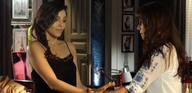 """""""Em Família"""", Clara e Marina dormirão juntas na casa de praia da fotógrafa"""
