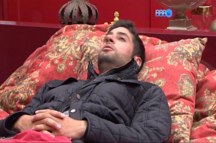 15.fev.2014 - Marcelo diz que, se for convidado, irá aceitar posar nu