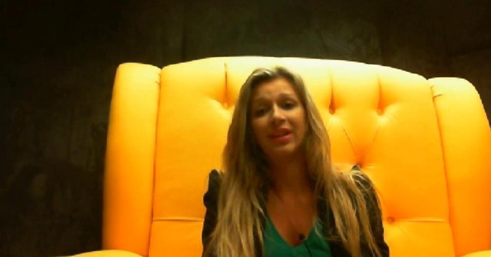 """16.fev.2014 - Tatiele defende Letícia no raio-x: """"É uma pessoa boa"""""""